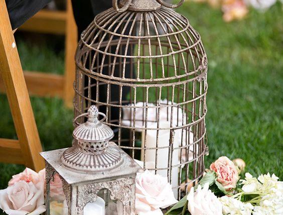 Lantern & Birdcage Aisle Decor