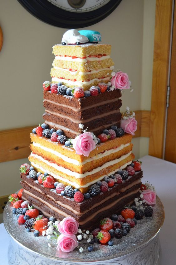 Top 20 Square Wedding Cakes That Wow Roses Amp Rings