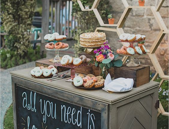 dount pie wedding dessert bar