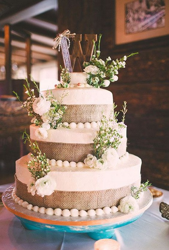 Say Quot I Do Quot To These Fab 20 Rustic Burlap Wedding Cakes
