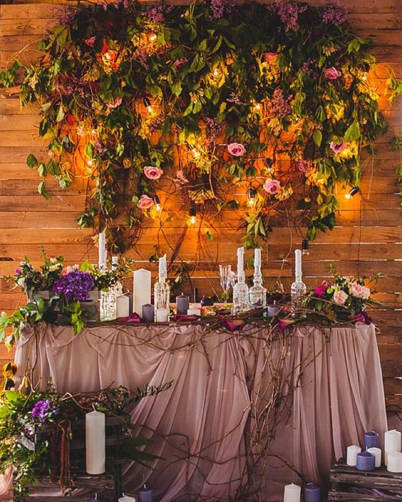 Top 20 Sweetheart Table Decor Ideas For Barn Weddings