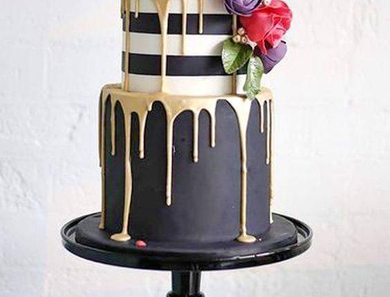 black and gold drip wedding cake