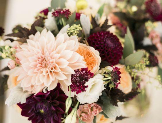 burgundy peach and blush wedding centerpiece