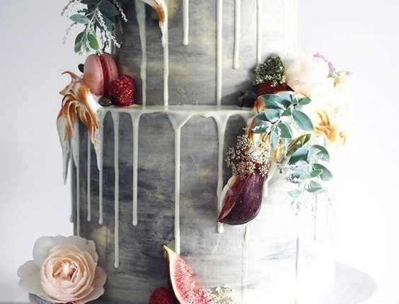 gray marble drip wedding cake