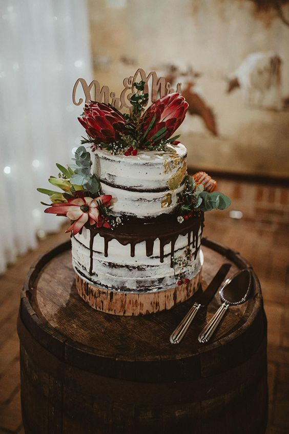 Top 20 Yammy Drip Wedding Cakes Roses Amp Rings