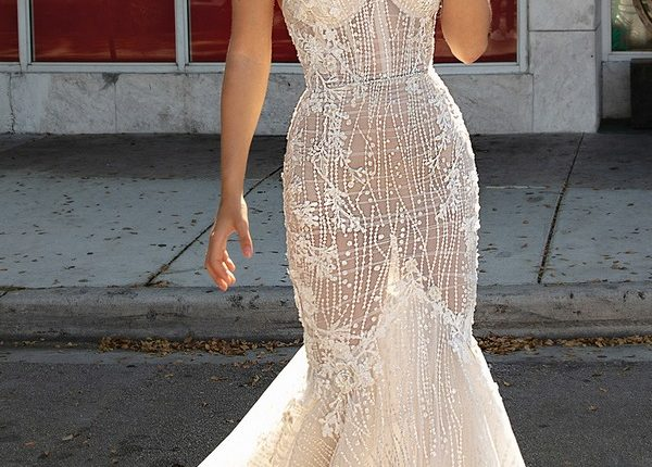 Berta 2019 Wedding Dresses 0O7A2706