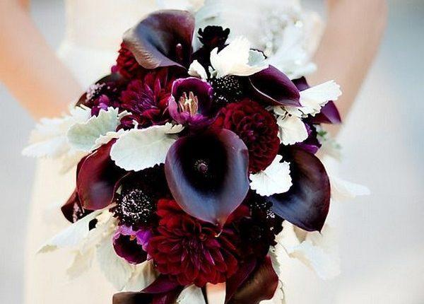 burgundy wedding flower bouquet