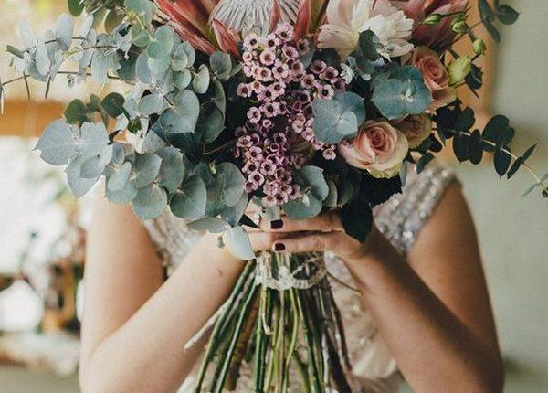 boho wedding bouquet ideas with protea