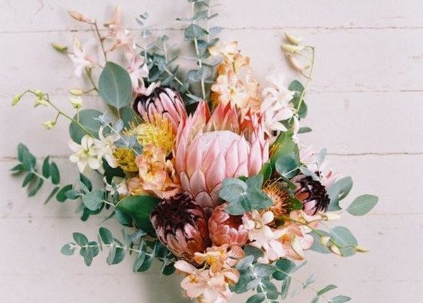 wedding bouquet ideas with pink protea