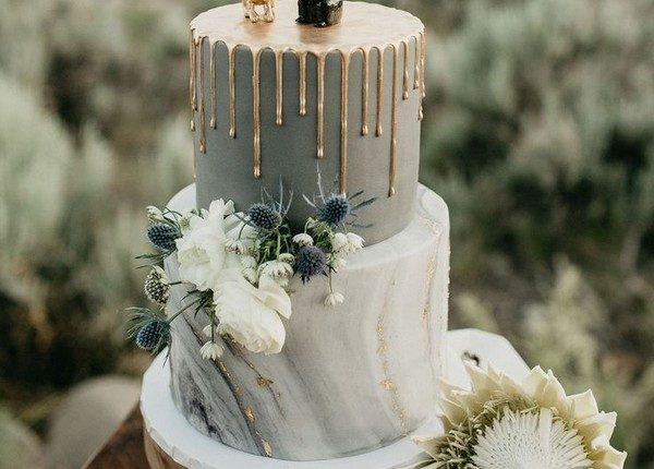 Gold Modern marble drip cake