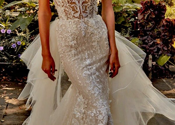 Eve of Milady Wedding Dresses 4389-Front-Train