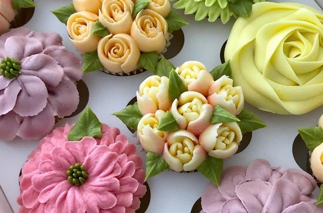 kerrys_bouqcakes Wedding Cupcakes 1