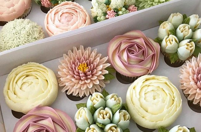kerrys_bouqcakes Wedding Cupcakes 11