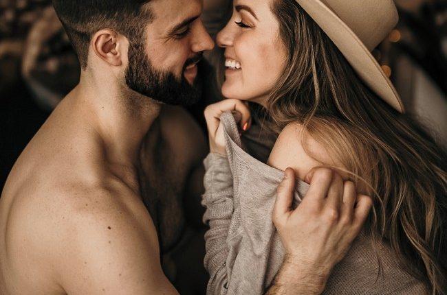 Sexy Couples Boudoir Photos 19