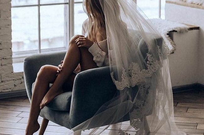 wedding boudoir book bride ner window olganikiforova