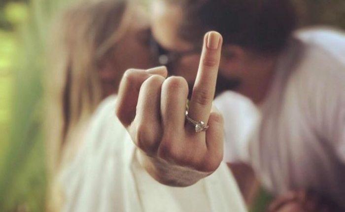 Engagement Ring Shot Engagement Photo Ideas15