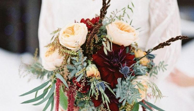 winter wedding bouquets ideas with greenery ranunculus hanging amaranthus and roses 819×1024