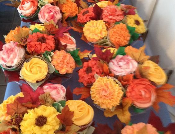 Cupcake flower bouquets for a fall wedding