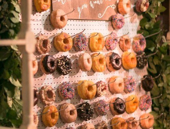 Donut wall wedding desset bar