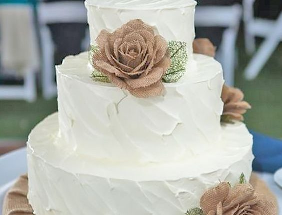 Rustic Burlap And Lace Buttercream Wedding Cake