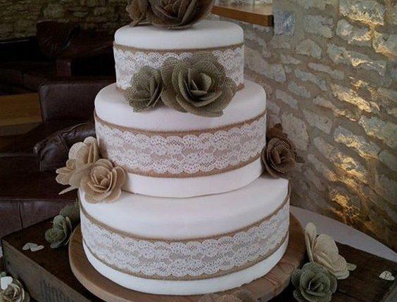 Rustic Burlap Hessian Wedding Cake