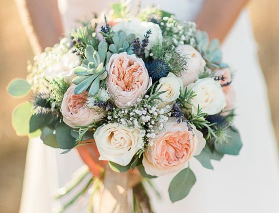 Rustic garden rose + succulent bouquet