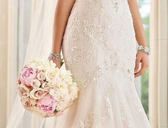 Stella York Sweetheart Lace Wedding Dress
