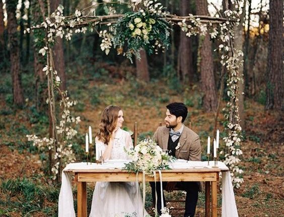 Sweetheart Tables for Fall Wedding