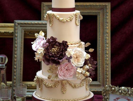 baroque love wedding cake