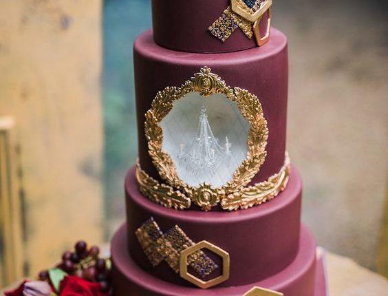 berry-inspired baroque fall wedding cake