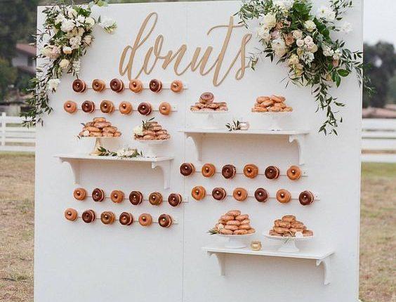 donut wedding wall