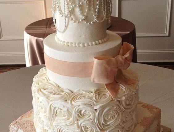 elegant vintage pearl wedding cakes