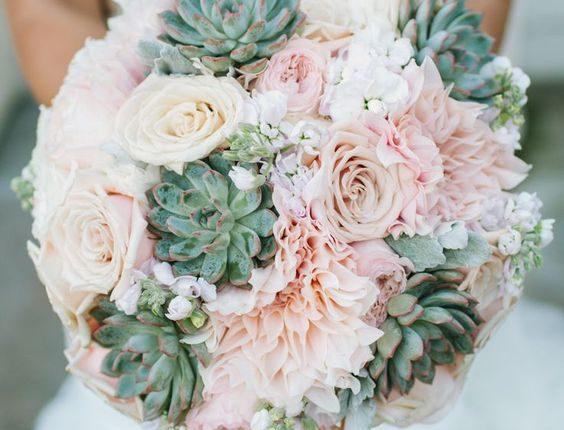peach and green succulent wedding bouquet