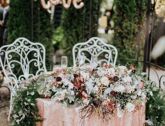 romantic lush fall vinatge sweetheart tables