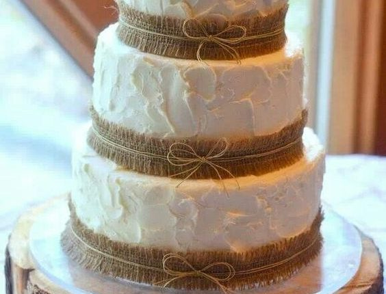 rustic country buttercream wedding cake with burlap details