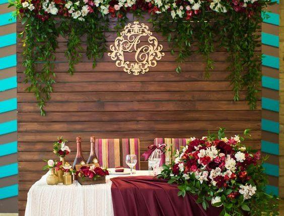 rustic fall burgundy sweetheart wedding table decor