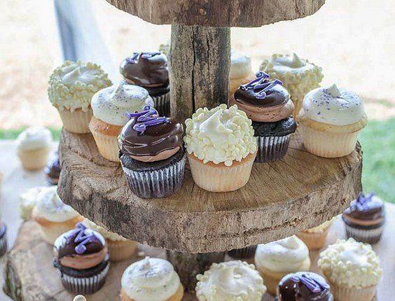 rustic wedding cupcake idea