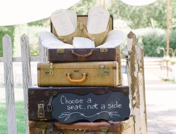 vintage suitcases wedding seat idea