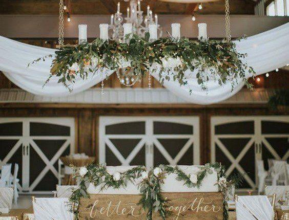 Vintage White Barn sweetheart table decor idea