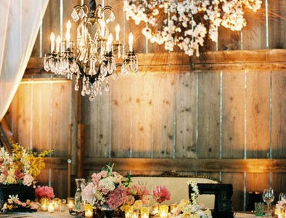 rustic barn sweetheart wedding table
