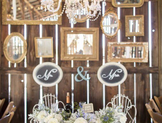 vintage barn wedding reception sweetheart table