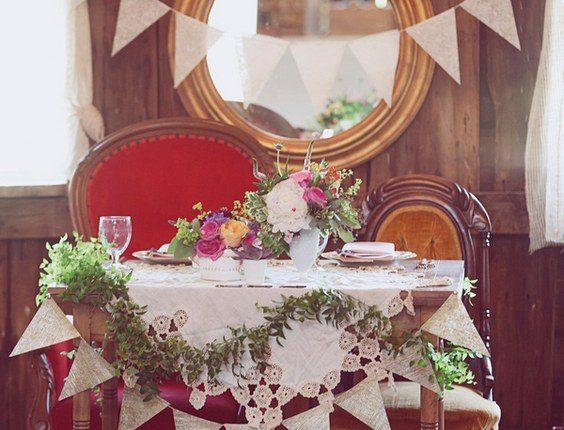 vintage wedding reception sweetheart table