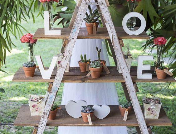 vintage ladder wedding decor idea