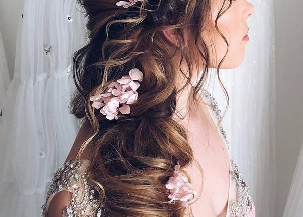 Ulyana Aster Long Wedding Hairstyles and Updos 16