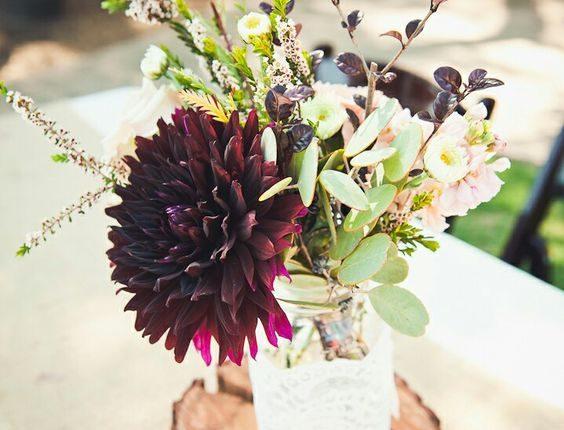 burgundy and blush wedding centerpiece