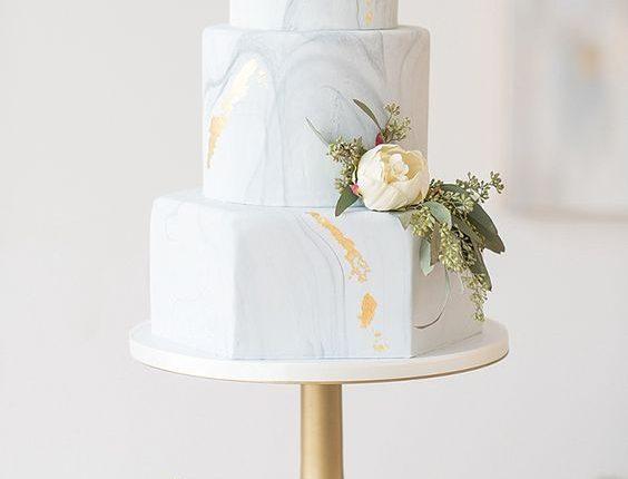 elegant blue and white marble wedding cake