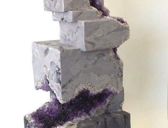 gray and purple geo wedding cake