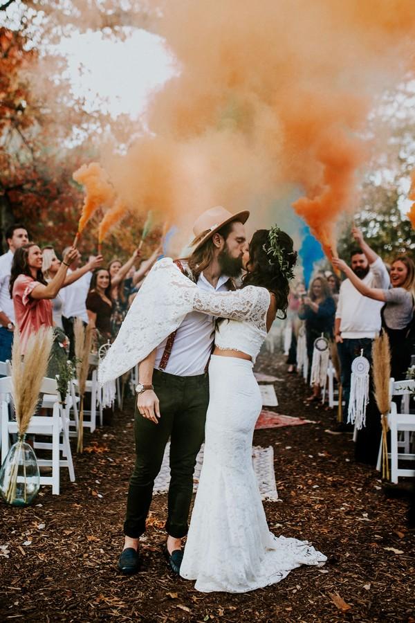 Colorful Smoke Bomb Wedding Photo Ideas #wedding #weddingphotos #weddingideas