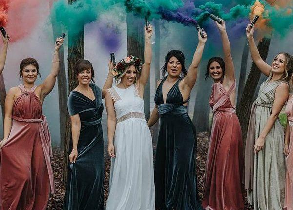 Colorful Smoke Bomb Wedding Photo Ideas 5