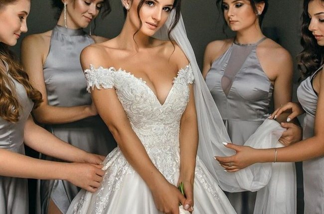 Wedding Photos With Your Bridesmaids 2
